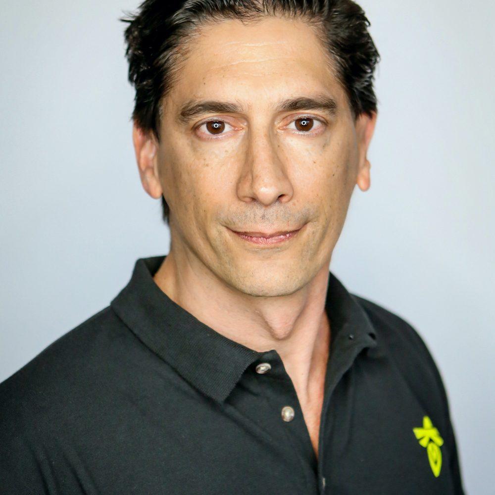 Eric Salwan headshot
